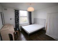 Large 3 bedroom flat to rent in desireable and convenient location within 2 minutes walk to BR