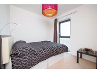 R BORED OF FLATSHARE? DOUBLE ROOM IN A MODERN AND NEW BUILT FLAT #CANARY WHARF