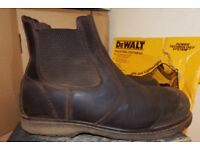 WORKWEAR AT LOW PRICES - DEWALT-HYENA-SITE- SAFETY BOOTS AND CLOTHING-WORKWEAR-CHEAP