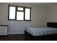 NEW MODERN ALL INCLUSIVE LARGE EN-SUITE ROOM, CLOSE TO TUBE