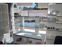 3 Tier Glass Display Gondola
