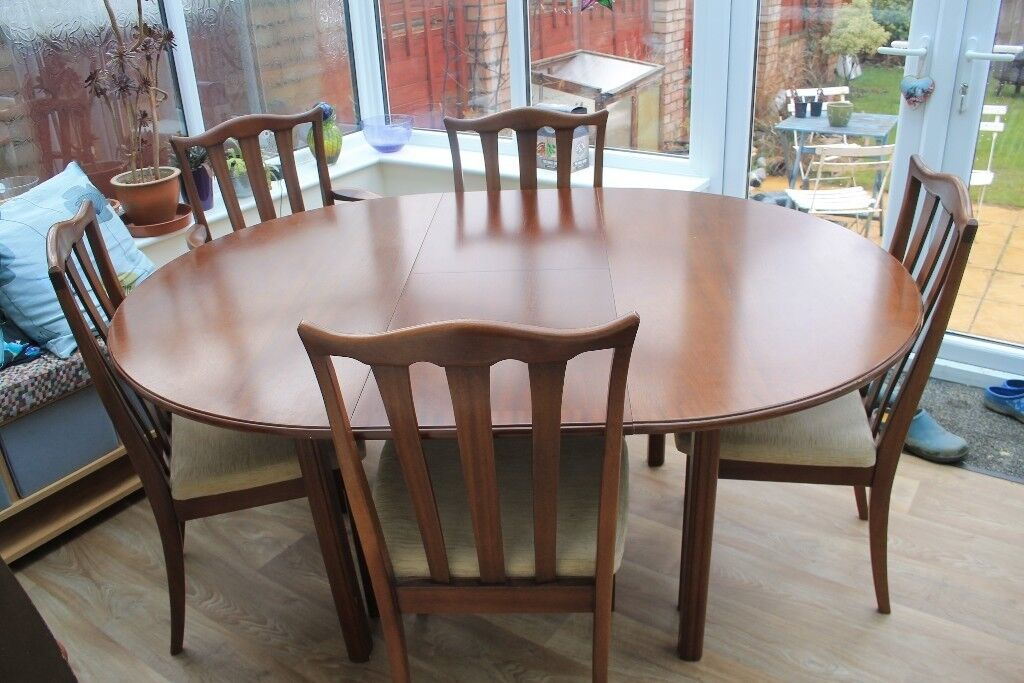 G Plan Extending Round Dining Table With 5 Chairs In Waterlooville
