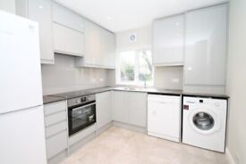 WELL PRESENTED UNFURNISHED MAISONETTE CLOSE TO PALMERS GREEN'S STATION/SHOPS