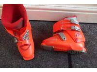 Kids Ski boots UK 1.5-2.5