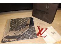 Luxury Louis Vuitton coffee with milk Scarf /Shawl - brand new