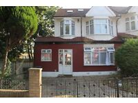Stunning Studio available in New Southgate, N11 !! RENT INCLUDES ALL BILLS