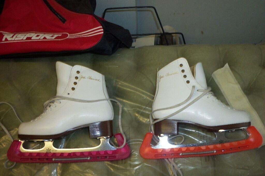 ice dancing skates