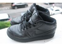 Nike Black Hi Tops, UK 5.5, EURO 38.5