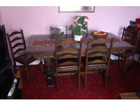 Vintage, Solid Oak Hand Carved Polished Extendable Dinning Table (& 6 matching Chairs)
