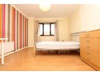 🏡CHEAP DOUBLE ROOM IN CANNING TOWN IN 5 BED HOUSE WITH GARDEN - Zero Deposit apply - 4 Kimberley