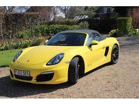 Racing yellow Porsche Boxster 2.7 PDK