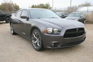 2013 Dodge Charger SXT Power Sunroof, Remote Start, Heated Seats