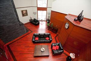 Beautiful 2 Bedroom Unit at 810 Blackburn Mews