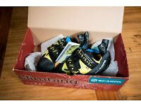 Scarpa Booster S climbing shoes, Size 36