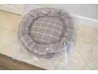 Mutts and Hounds Slate Tweed Grey Donut Dog Bed Size Large Brand New in Wrapper