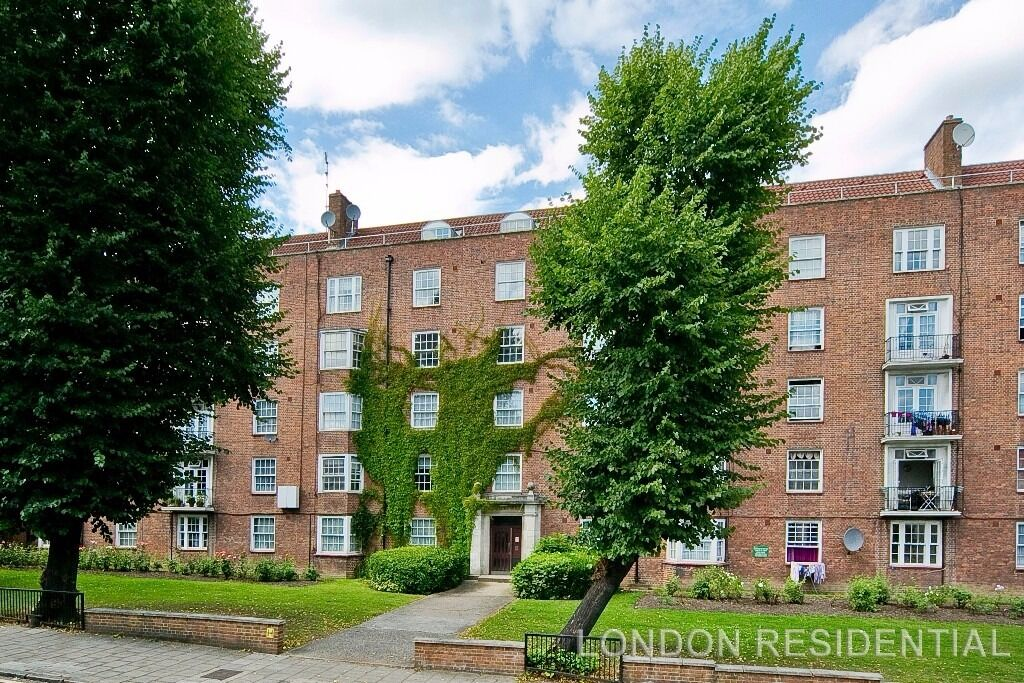 AMAZING 2 BED NW3 -INCLUDES HEATING-HOT-WATER-COUNCIL TAX!!£400pw!!