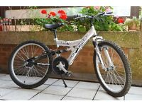 Optima Cyclone 2009 Teenager/Junior Mountain Bike/Bicycle ♦ Like New Condition ♦ Free Car Delivery*