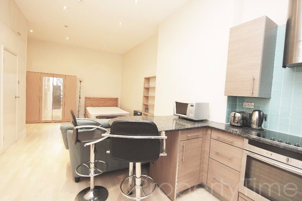 All Bills Included Except Electricity: A Bright Spacious Studio 2 mins to Swiss Cottage Tube -£275pw