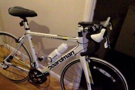 Boardman Road Team Carbon Mens Bike *used once!* Care plan and receipt