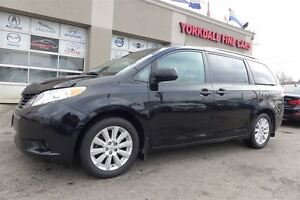2014 Toyota Sienna LE. AWD. Power Sliding Doors