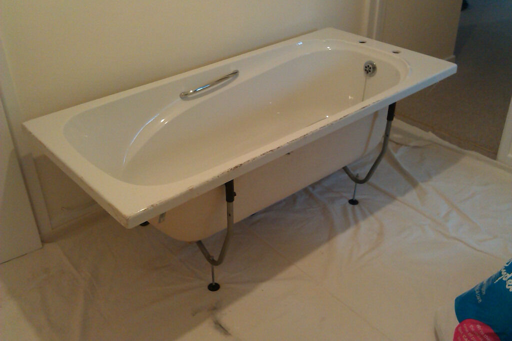 FREE Fibreglass Bath | in Abergavenny, Monmouthshire | Gumtree