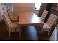 Table and 4 chairs in very good condition