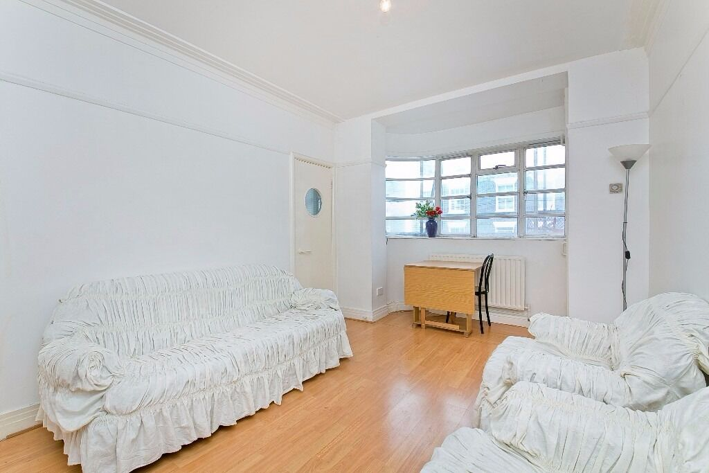 WELL PRESENTED 1 DOUBLE BEDROOM APARTMENT LOCATED MOMENTS FROM MORNINGTON CRESCENT UNDERGROUND