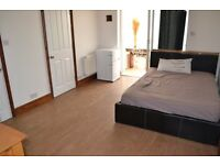 ONE BEDROOM FURNISHED FLAT AVAILABLE TO RENT ON MILL ROAD