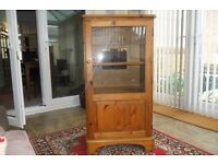 Stereo Cabinet - Ducal Pine