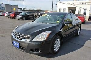2011 Nissan Altima 2.5 Special Sun Roof Heated Seats Cruise Cont Windsor Region Ontario image 3