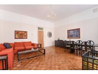 Old Brompton Road SW5. Spacious three double bedroom flat to rent with two bathroom (one en-suite)