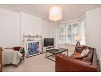 Norwood High Street - A stylish split level three double bedroom period conversion to rent.