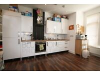 Modern one double bedroom flat in great location !!! Ideal for a couple !!!