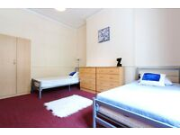HUGE Twin room in VICTORIAN HOUSE** Couples or friends Welcome ** WESTBOURNE PARK** VIEWING NOW