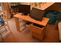 Medium Desk with sliding drawers and shelves
