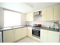 *** FANTASTIC 3/4 BEDROOM HOUSE WITH GARDEN IN TOTTENHAM - AVAILABLE NOW ***