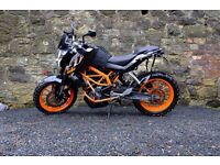 2015 KTM Duke 390 - £1600 worth of extras - Low Mileage - Dealer Service