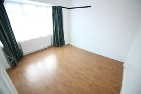 SPACIOUS REDECORATED HOUSE WITH DRIVEWAY & GARDEN- SOUTHALL LADY MARGARET ROAD UB1