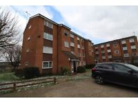 1 BEDROOM TOP FLOOR APARTMENT - just been refurbished - BARKING