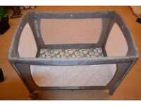 Travel Cot Mothercare very good clean condition