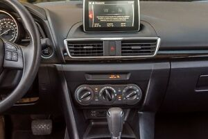 2016 Mazda MAZDA3 GX  4 PNEUS D'HIVER* West Island Greater Montréal image 10