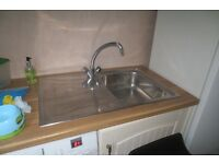 Kitchen sink & worktops