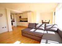 Great 2 Bedroom Duplex Apartment in Brentford - Over 2 floors, near the High Street