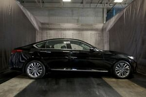 2015 Hyundai Genesis LUXURY w/ LOW KMS / XENON'S / BLIND SPOT MO