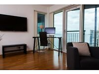 Top Quality Dobulex penthouse in front of the Sea in Western Harbour