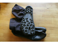 Unused Jika Tabi spiked sole - outdoors woodland - black size 27cm