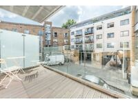 3 BED, 3 BATH, PATIO - Modern Three Bed Flat to Rent in Southwark SE1