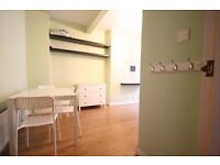 Large four bed house for rent in Vauxhall