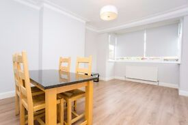 A Spacious One Bedroom First Floor Conversion Newly Decorated, Wood Floors, with Use of a Garden