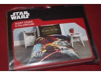 STAR WARS Single Bed Set REVERSIBLE Duvet Cover + Pillowcase (THE FORCE AWAKENS) - NEW IN PACK